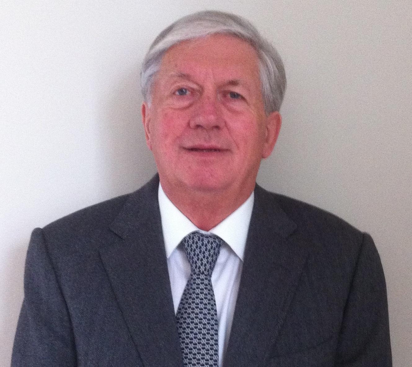 Prof. Dr Christopher Bryant
