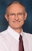 Dr Pieter Rossouw