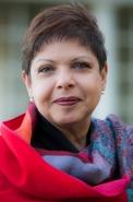 Dr Doris Bersing